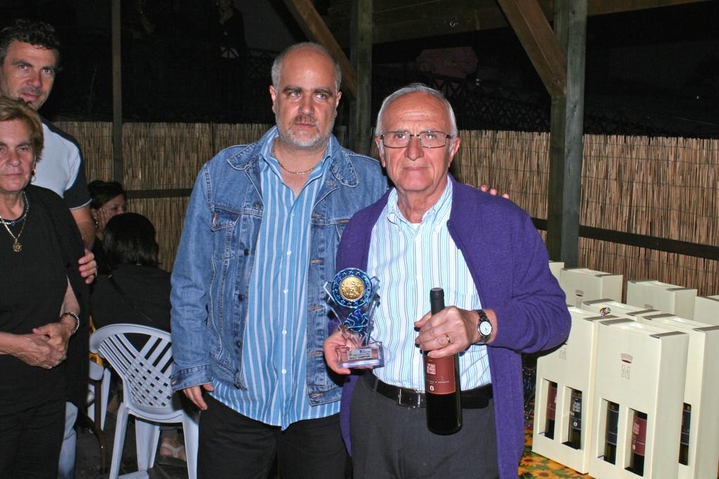 Premiazioni 1° posto Briscola e Tresette uomini