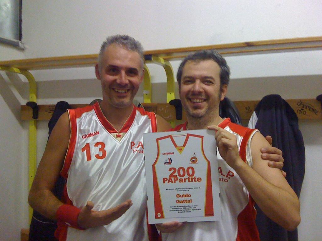 Guido premiato per il raggiungimento delle 200 PAPartite - Ottobre 2010