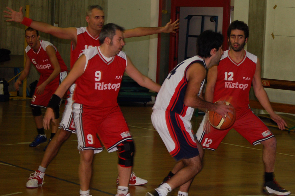 Che difesa da PAPPONI!!!!! - Olimpia Montale - PAP - Dicembre 2009