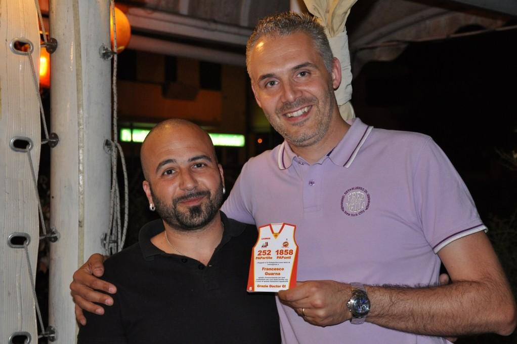 Big Fede premia il Doctor G per la sua carrierra nella PAP!!!! - Giugno 2012