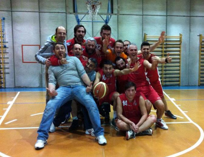I papponi festeggiano la vittoria contro l' ARCI - Aprile 2014