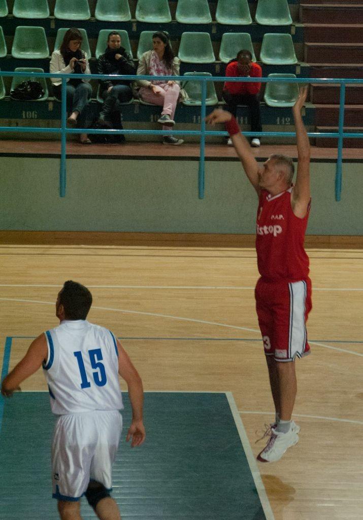 Big Fede al tiro libero contro i Dinamo Blacks - Maggio 2012