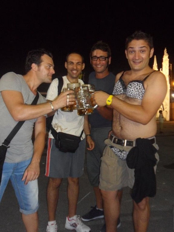 Batista brinda coi Papponi al suo addio al celibato!!!!!!! - Agosto 2012