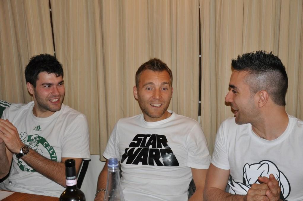 Fendo,Tommaso e il cap alla cena di fine stagione - Giugno 2012
