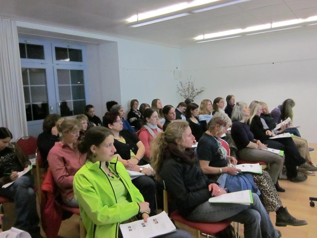 Vortrag Augenerkrankungen: Zum ersten Mal wurden die TeilnehmerInnen in der ruhigen Atmosphäre des Kloster Kappel begrüsst.