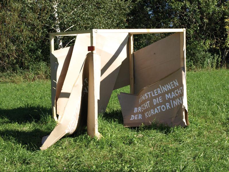 BRECHT DIE MACHT DER KURATORINNEN Meinrad Mayrhofer