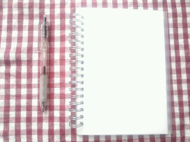 2016.1  リングノートとペン