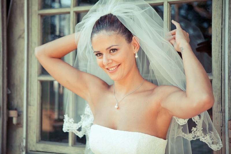 Bezaubernde Braut Claudia