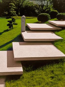 Freitragende Stufenplatten