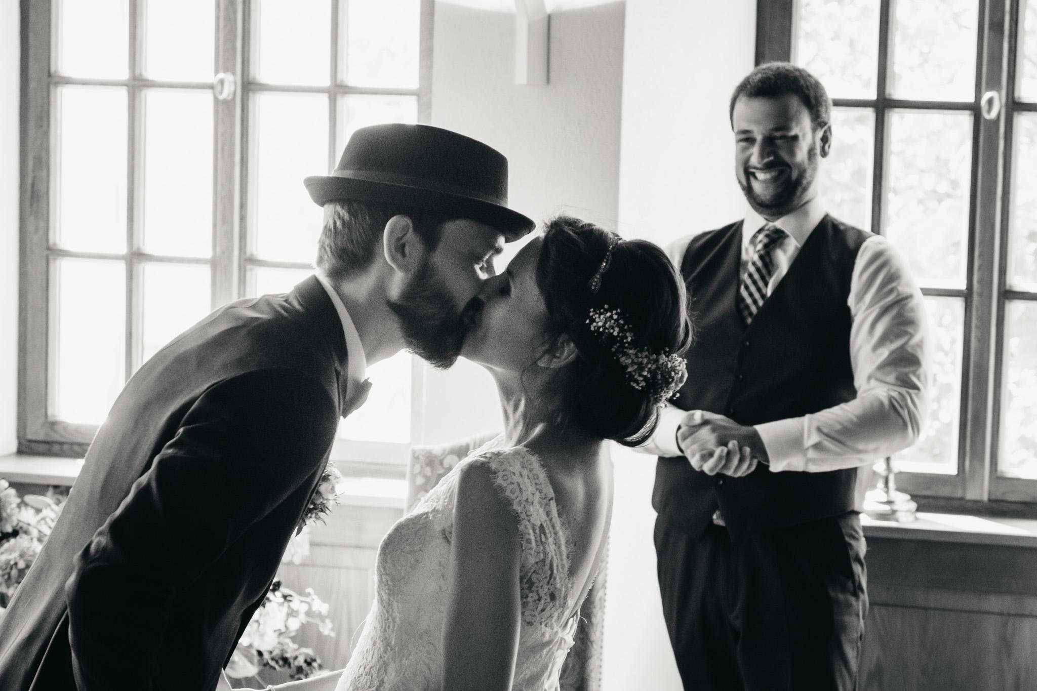 Kuss-Hochzeitsfotograf
