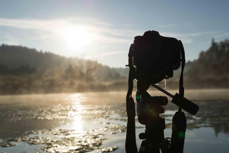 Sony a 57 beim fotografieren des Sonnenaufgangs