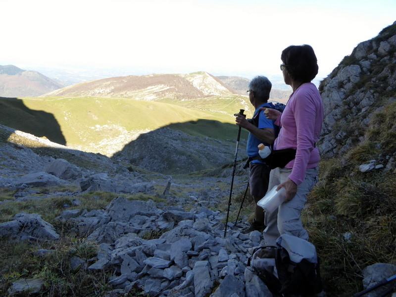 ...et regard vers la vallée où l'on voit Oloron et Pau au loin