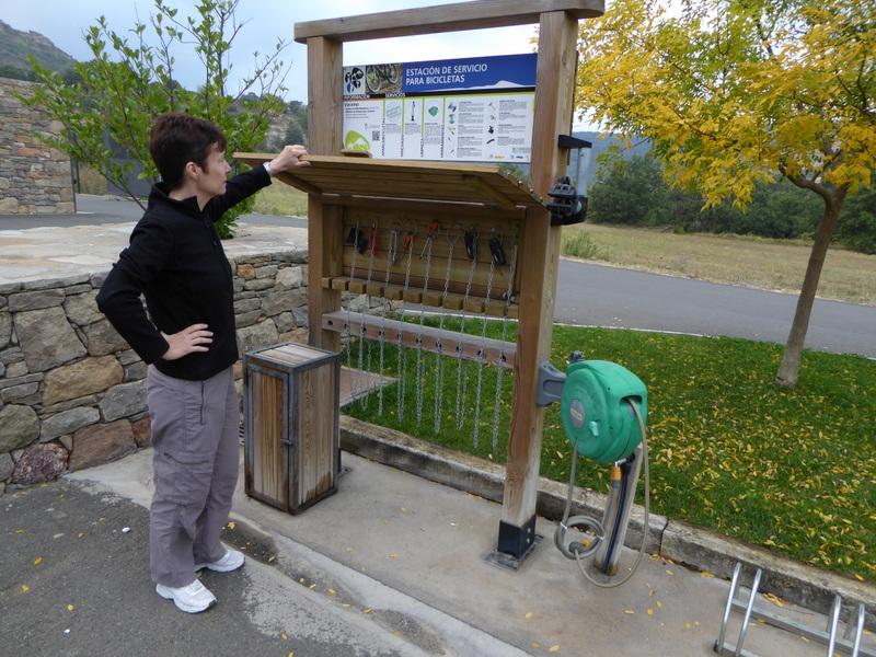 """Station """"libre service"""" pour"""