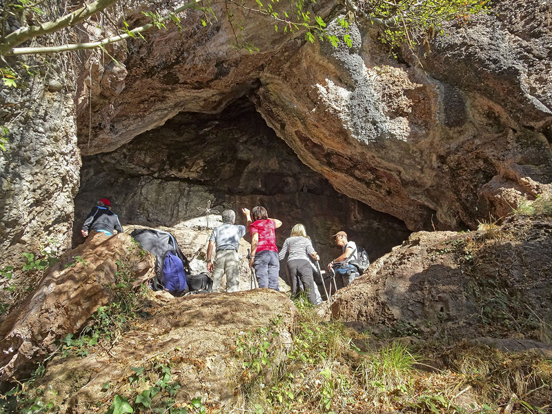 Harpékosaînda, la grotte du Saint qui sue