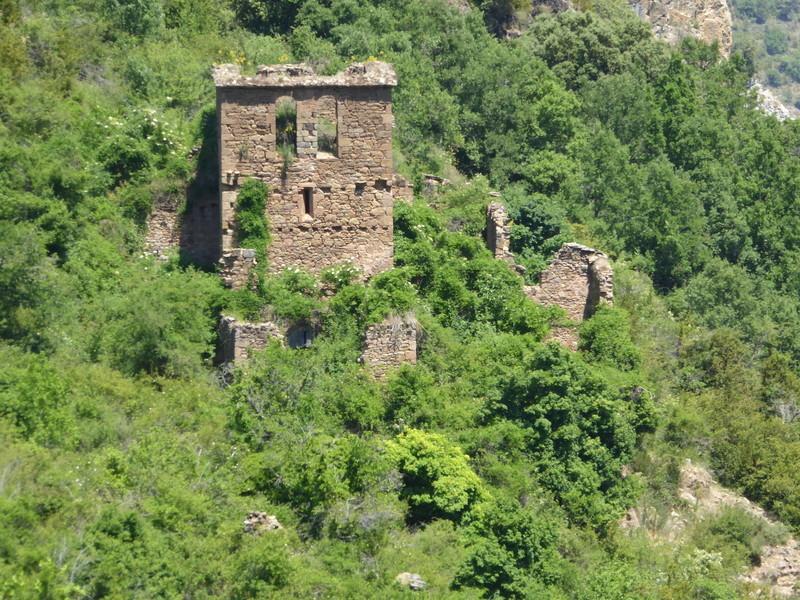 zoom sur le clocher de l'église de Salinas el viejo