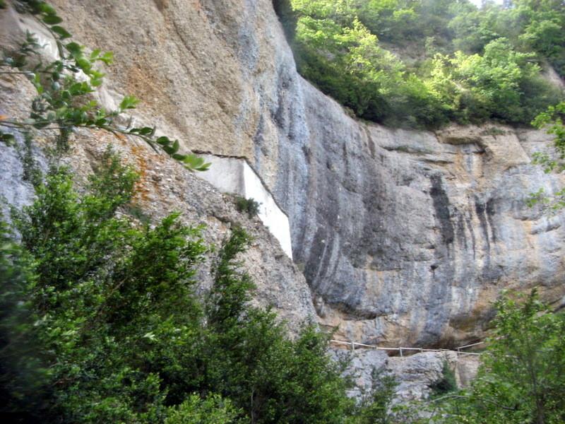 Coincé dans la falaise : l'ermitage