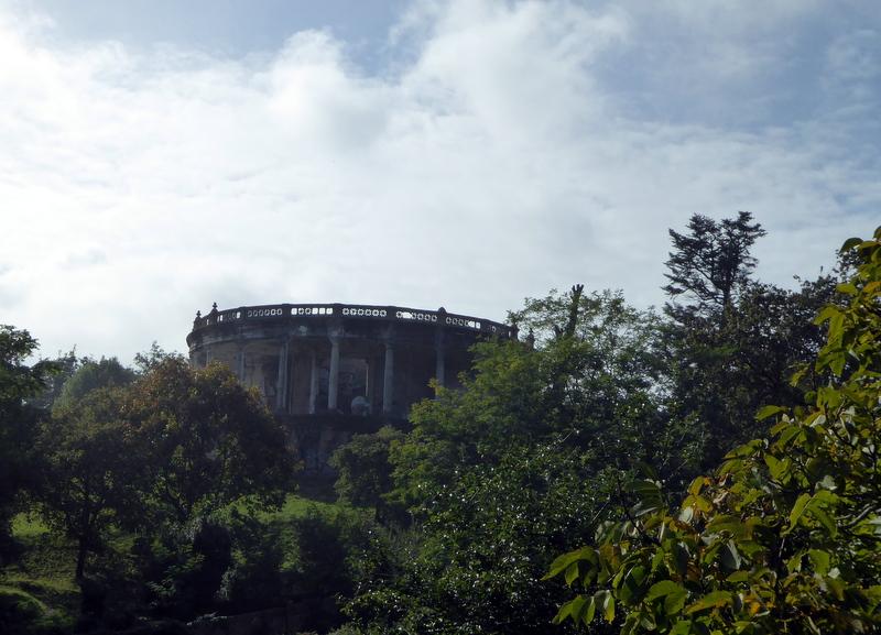 El torreon de Vista Alegre construit en 1913 de style néo classique mais qui tombe en ruines