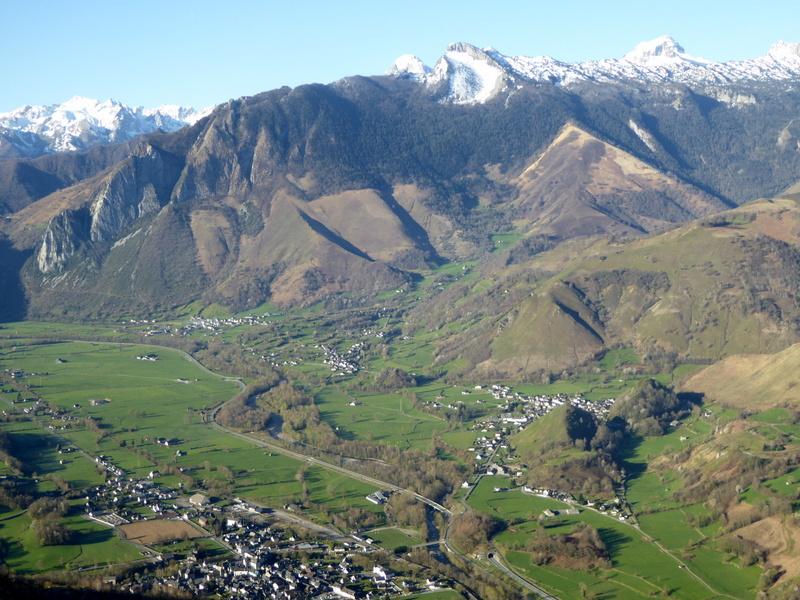 Le village de Bedous