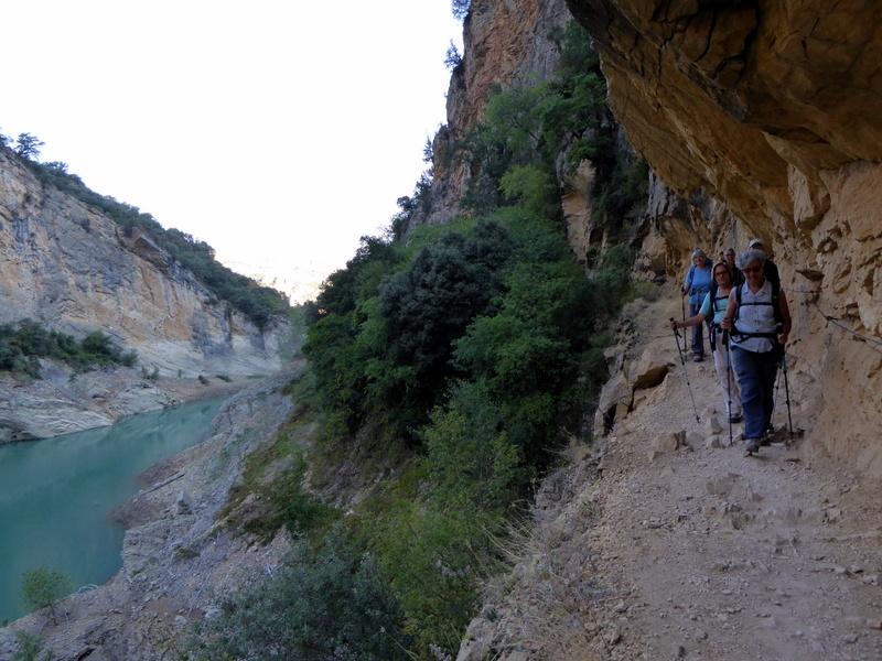 ... Noguera Ribagorçana à son passage dans la Sierra de Montsec.
