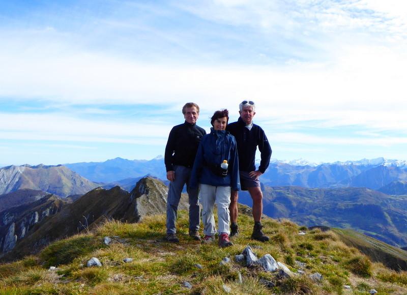 ...souvenir au sommet (bien mérité ! comme on dit) avec Pierre, Marinette et Denis
