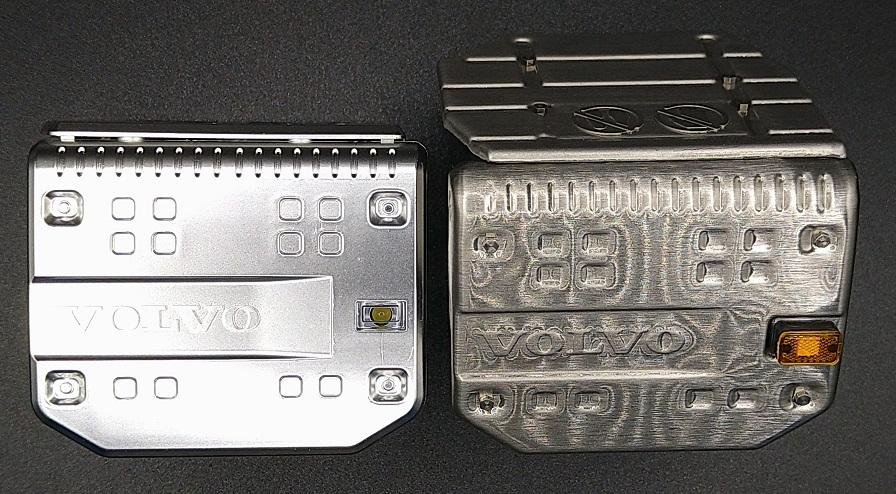 タミヤ製(左)とLESU製(右)の比較