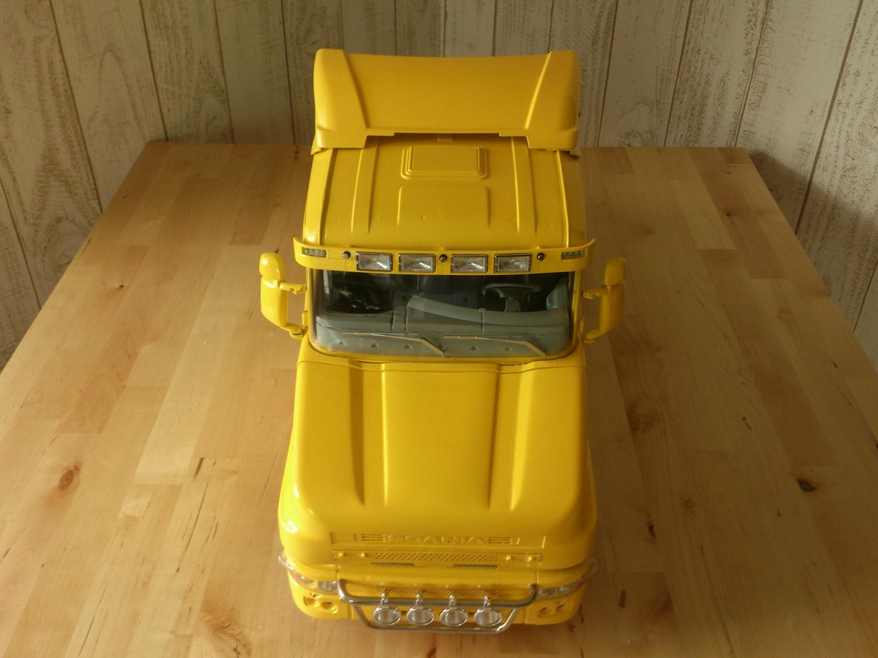 Scania CT19の前部