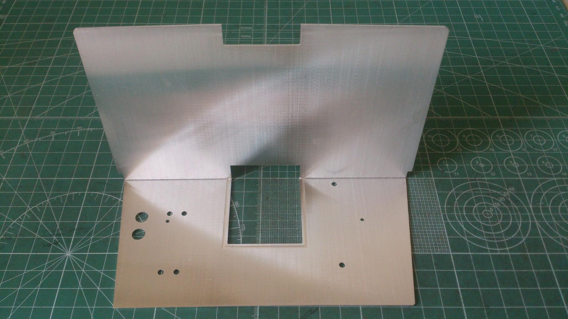 アルミ製仕切り板