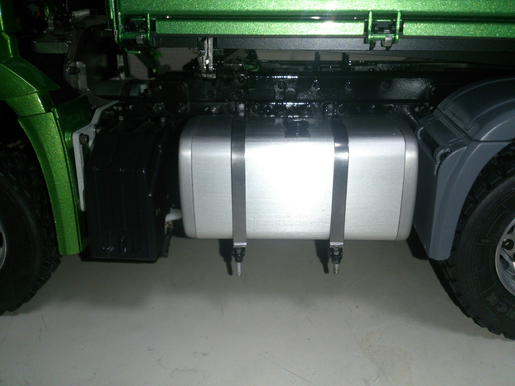 ScaleART アロクス_油圧ポンプ