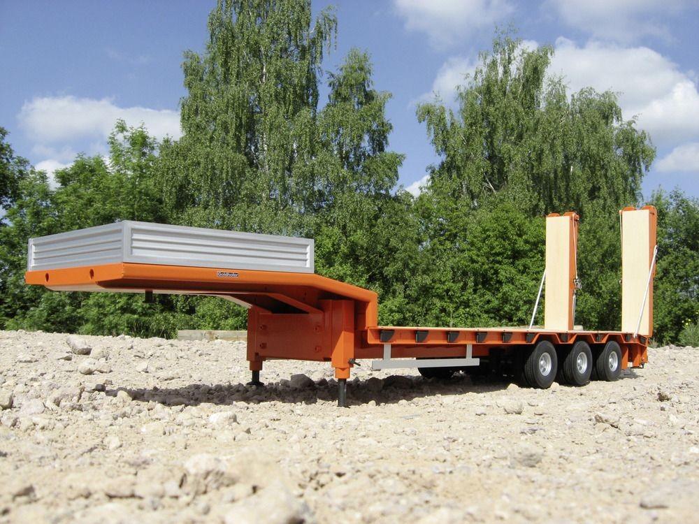 3軸重機運搬セミトレーラー_3