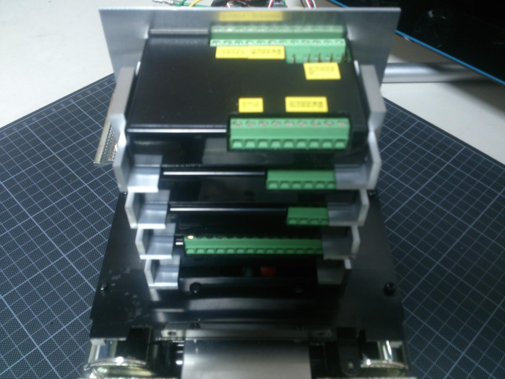 4階建てのMFC-01用拡張ボックス