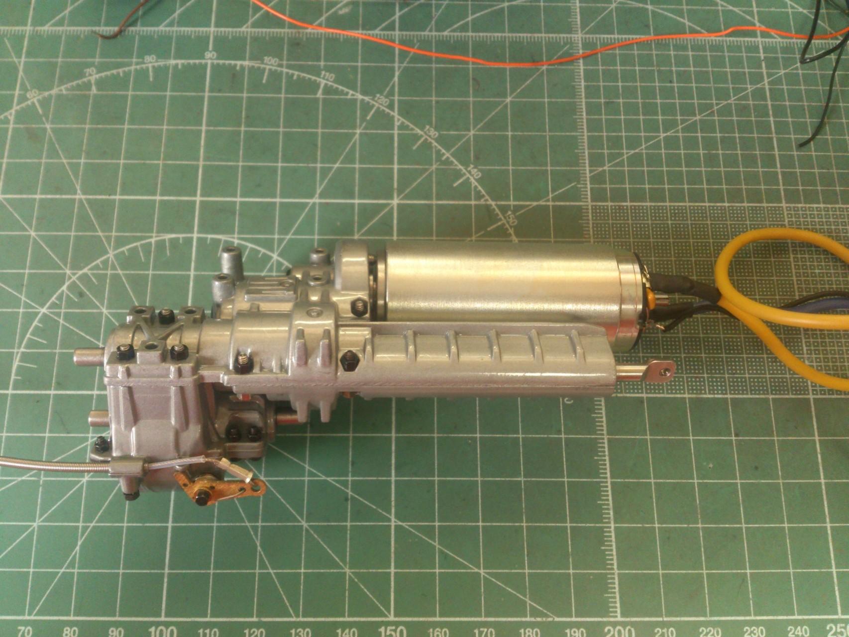 ScaleART アロクス_ギヤボックスとモーター