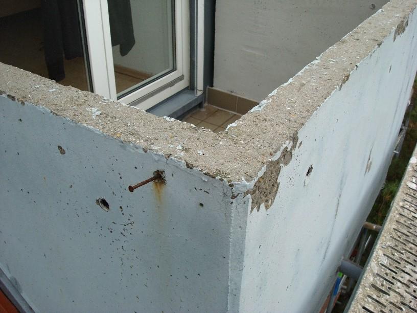 Schäden an den Balkonbrüstungen