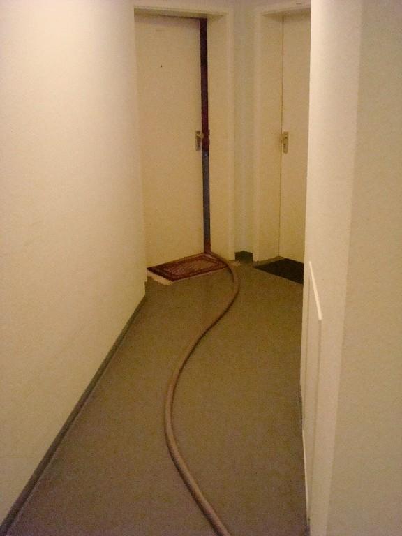 Verlegte Druckluftleitungen für die Trocknungsphase