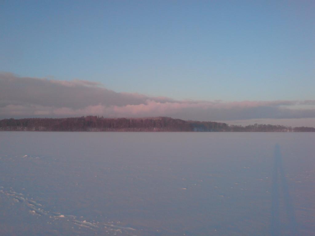 Eis über den See