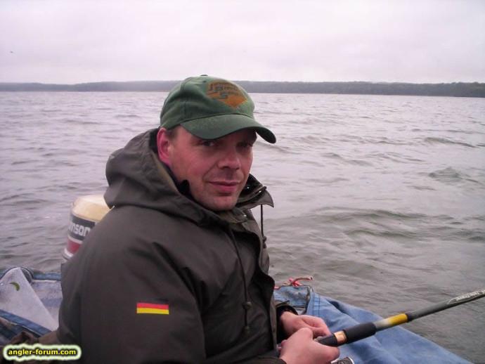 Aufn Wasser ist es frisch