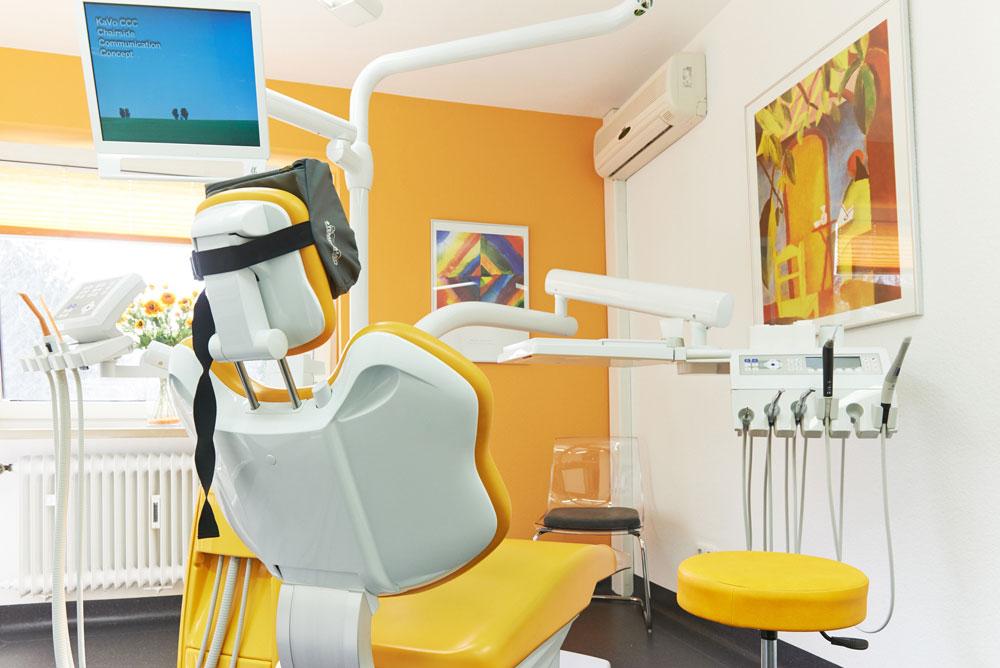 Zahnarzt Celle Hirschfeld Implantate Prophylaxe Zahnreinigung