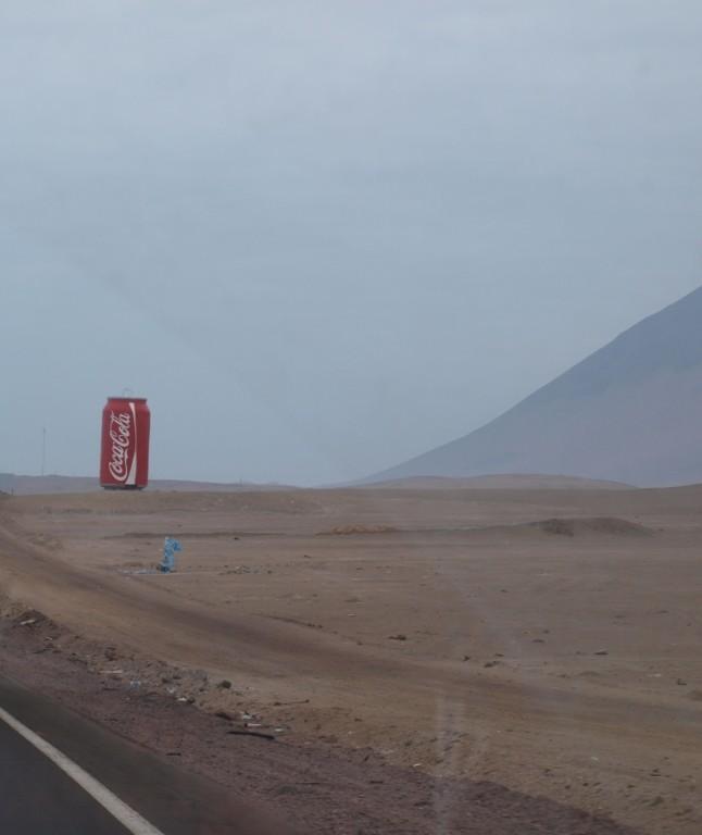 dafür macht die Werbung auch vor der angeblich trockensten Wüste der Welt(Atacama)keinen Halt