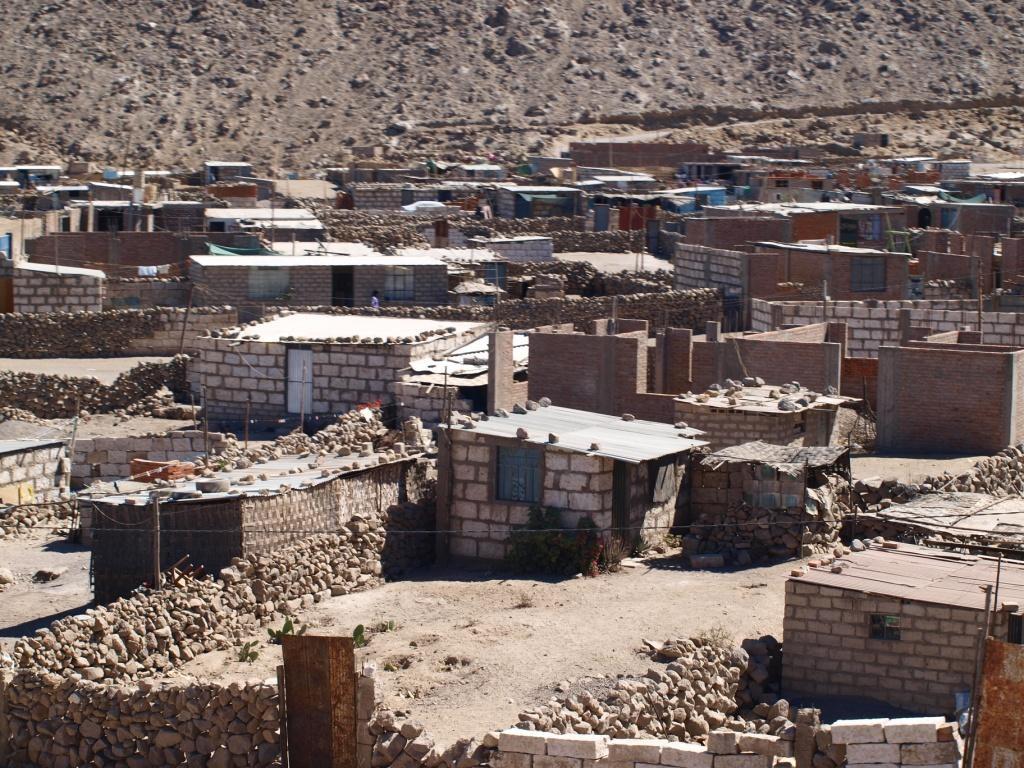 Peruanische Wohnverhältnisse ohne Strom und ohne fliessend Wasser