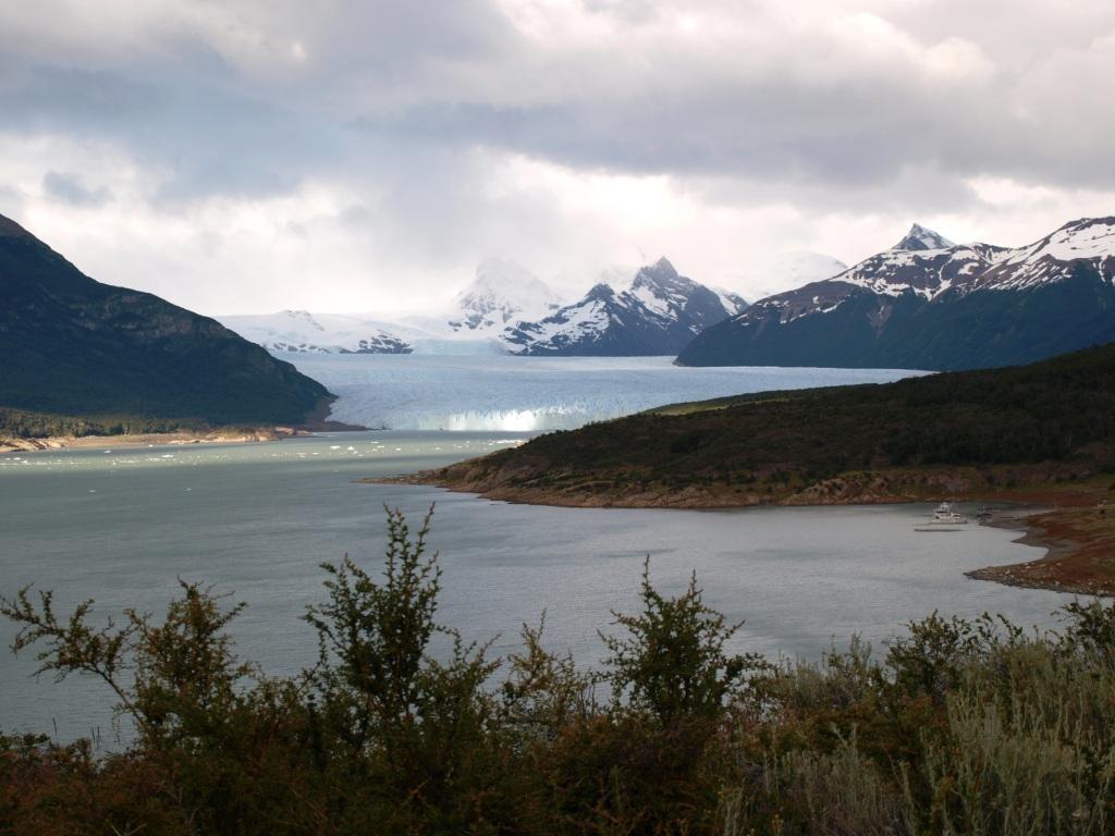 wir sehen ihn... den legendären Perito Moreno Gletscher