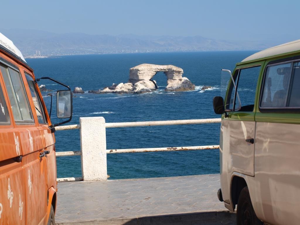 die Busse geniessen die Aussicht, wir auch... La Portada (Antofagasta)