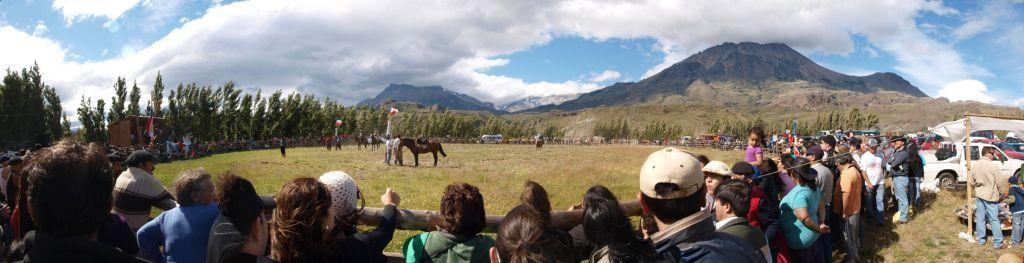 Wer bleibt am längsten auf dem wilden Pferd?