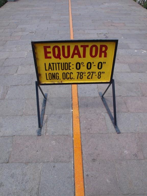 Pflichtbesuch auf,am,beim Äquator
