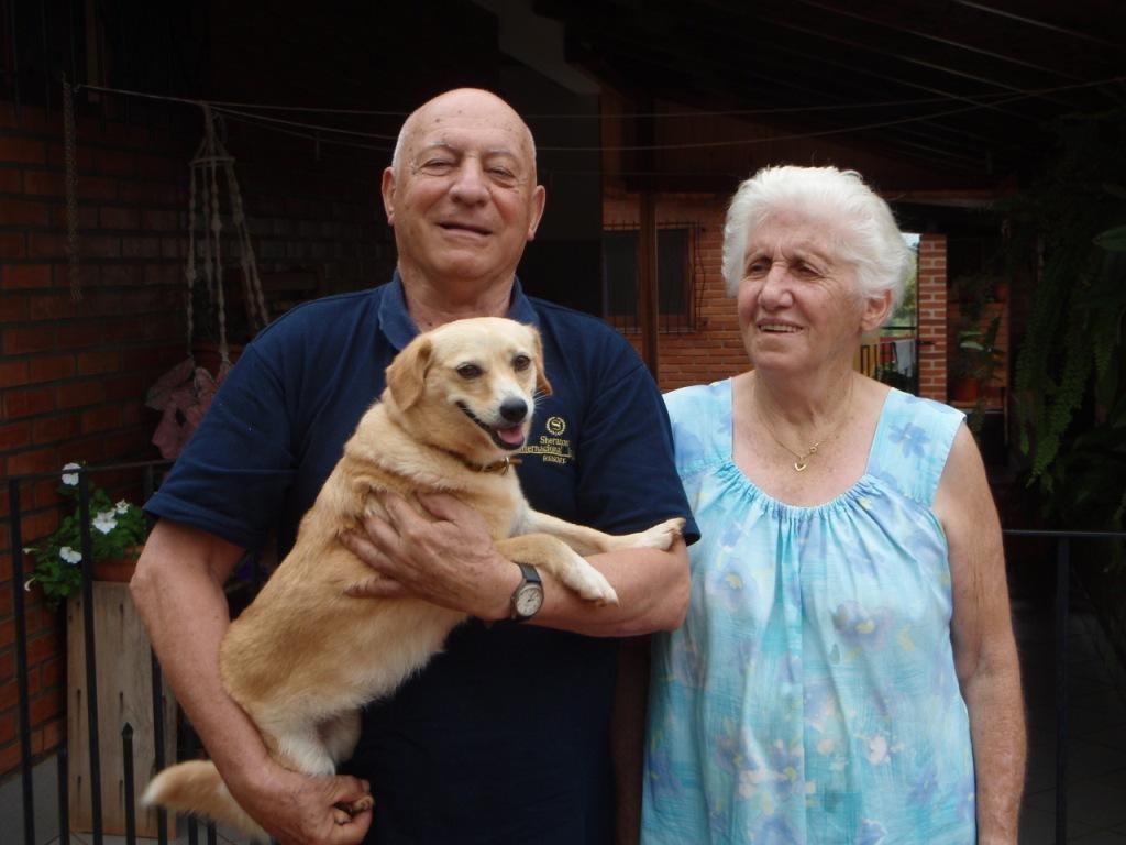 Grosi und unser Guide durch die Region Werner mit Hund Vicky