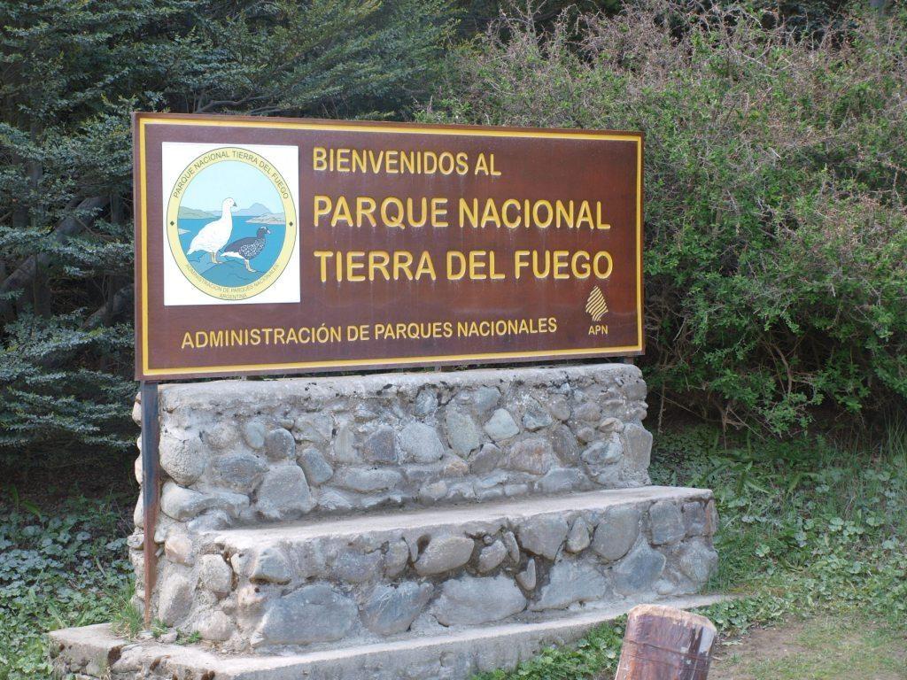 gespannt fahren wir im Nationalpark ein