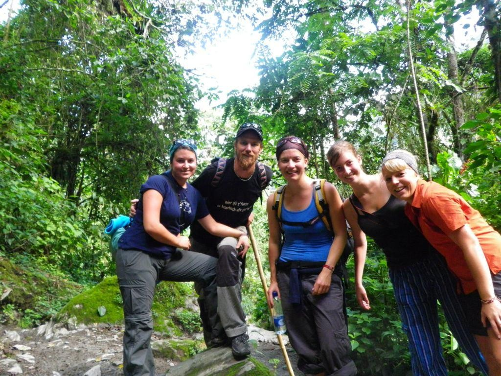 unser nächstes Abenteuer mit der Mädelsgruppe, Wanderung zu den Wachspalmen