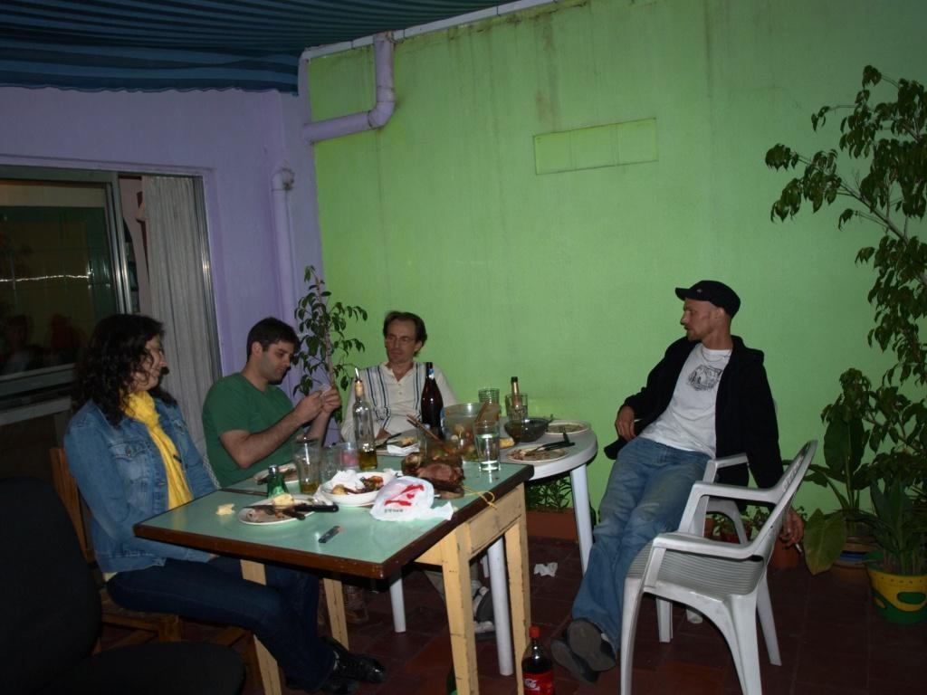 Spiel und Barichada-Abend