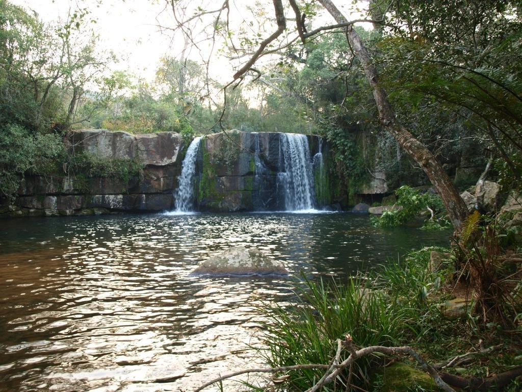 wo wir ein paar hübsche Wasserfälle...