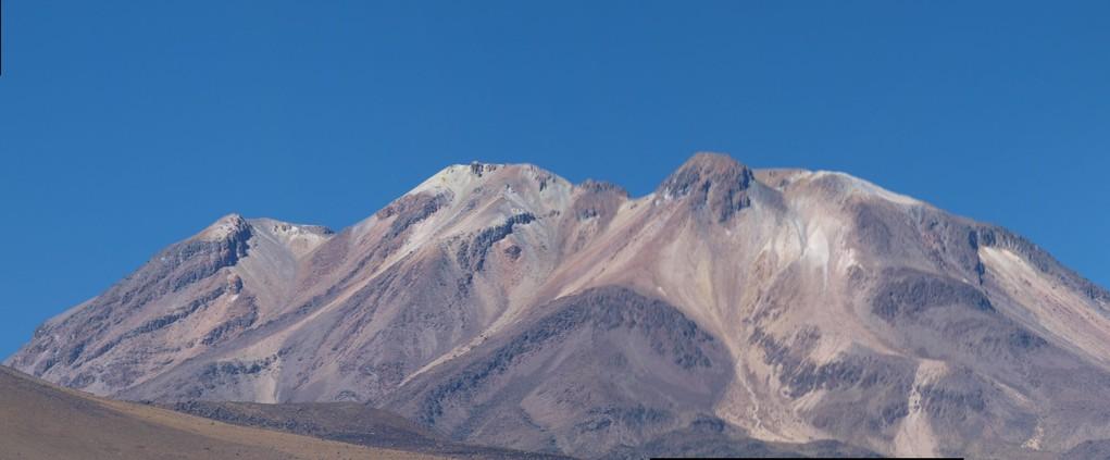 tolle Berglandschaft auf dem Weg zum Titicacasee