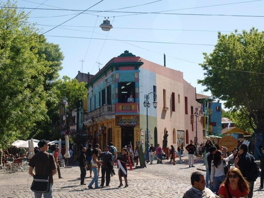 die endlich gefundenen farbigen Häuser, ein sehr touristischer Ort mussten wir feststellen