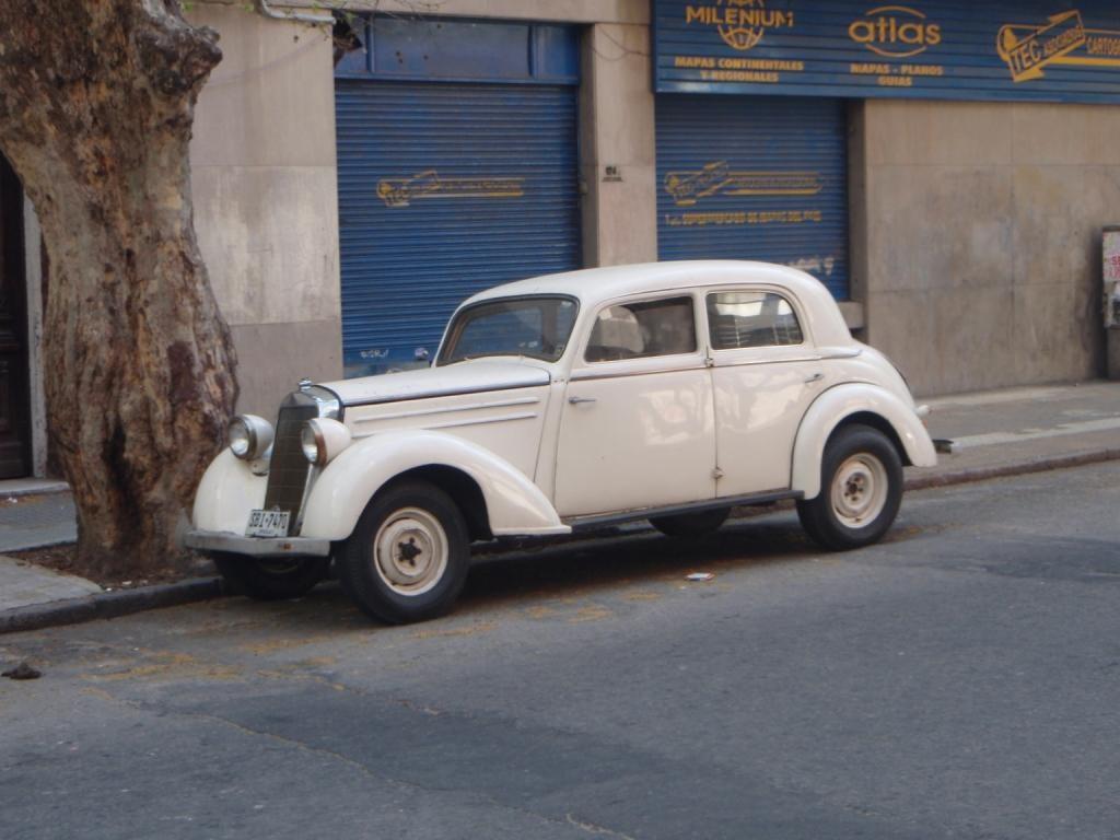 auch coole, noch fahrende Al Capone Autos gibts hier